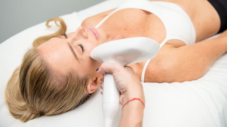 News & Events : Skin Resurfacing 101: Microneedling vs