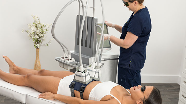 Top Questions Patients Ask About Venus Bliss™ Non-Invasive Lipolysis Treatments